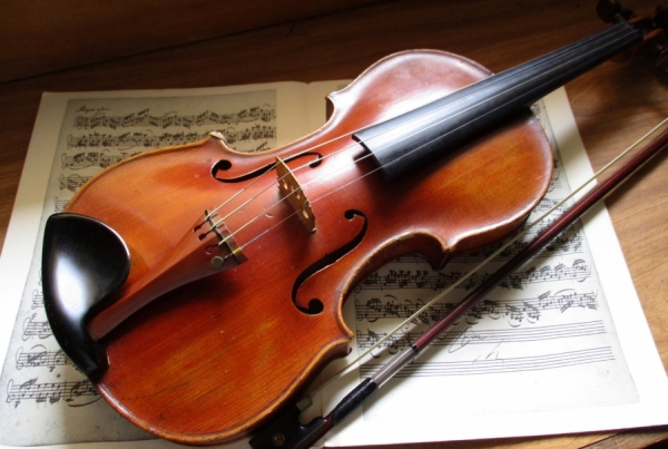 Things I Learned About Writing From Playing the Violin